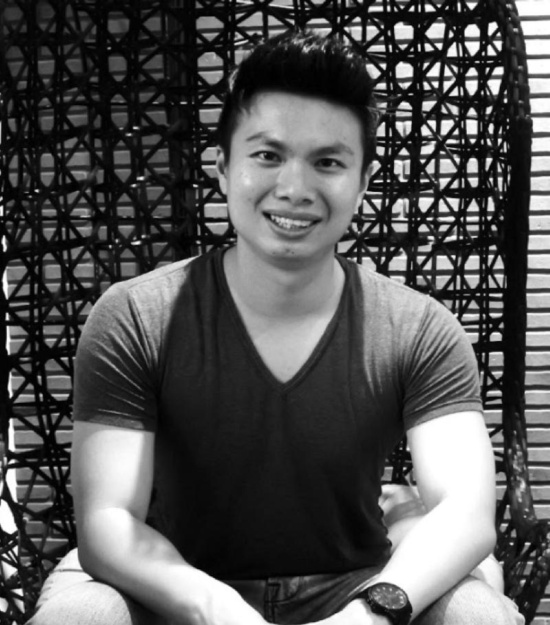 Timothy Ho DollarsandSense founder influencer Singapore