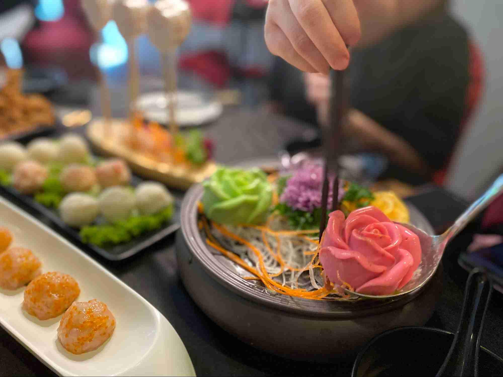Yanxi Palace Steamboat Restaurant SG 10