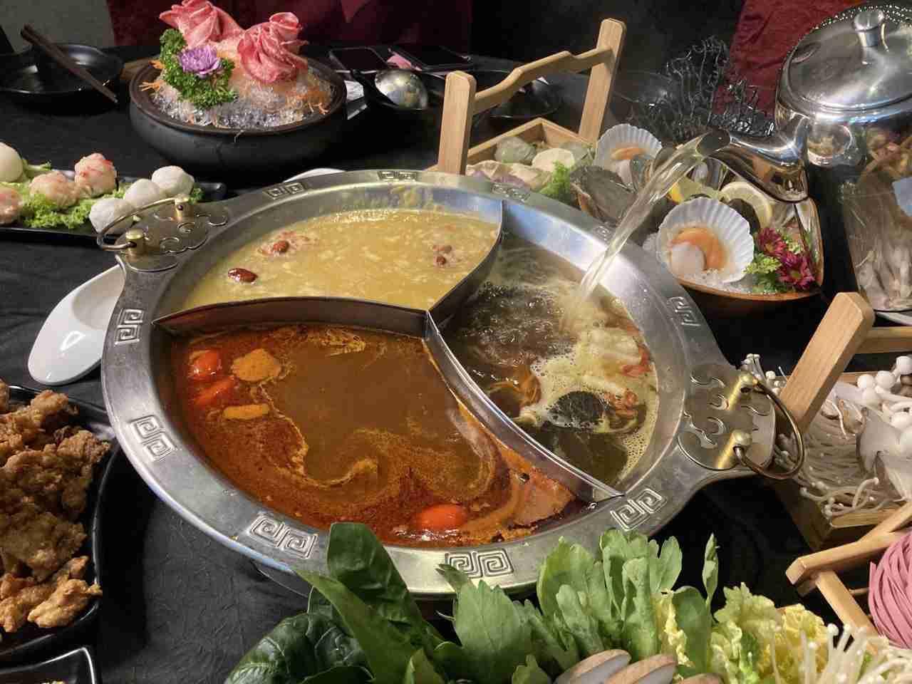 Yanxi Palace Steamboat Restaurant SG 4