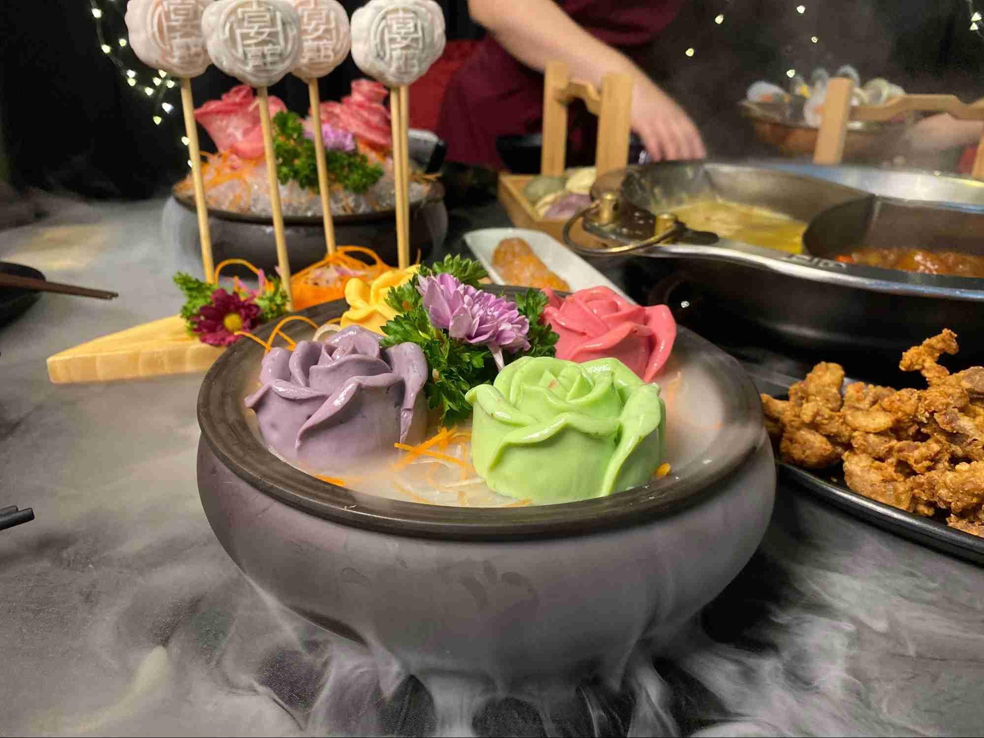 Yanxi Palace Steamboat Restaurant SG 9
